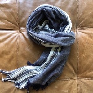 Linen and rayon scarf